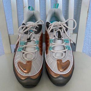 Nike Air Max 98 SE Phantom Metallic Tawny Sneakers
